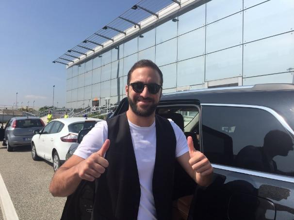 Higuain arriva a Torino Twitter Juventus