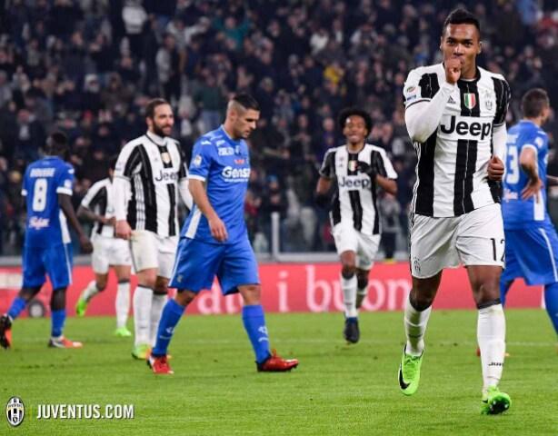 Alex Sandro Juventus Twitter