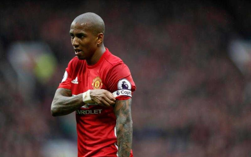 Ashley Young Manchester United Foto The Sun