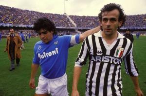 Maradona e Platini 87-88 Foto Wikipedia