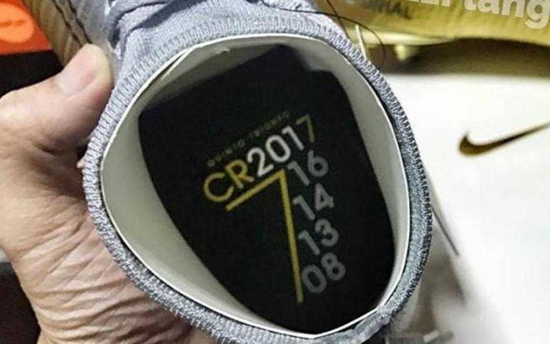 cr7 scarpe bordeaux