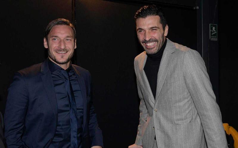 Totti e Buffon Foto Totti Twitter