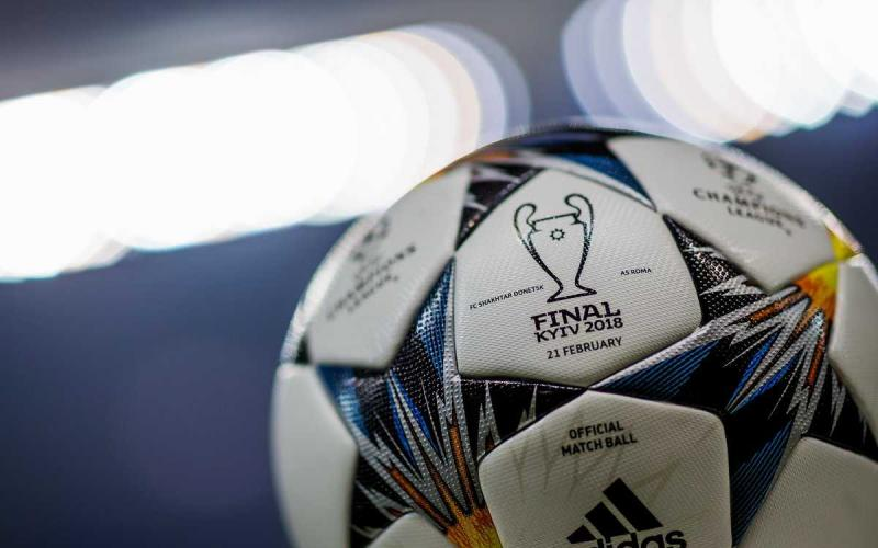 Pallone Champions League Twitter