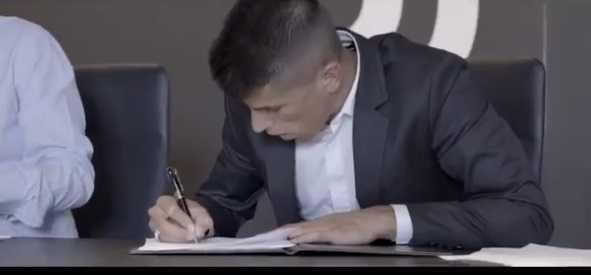 Cancelo firma Juventus Twitter