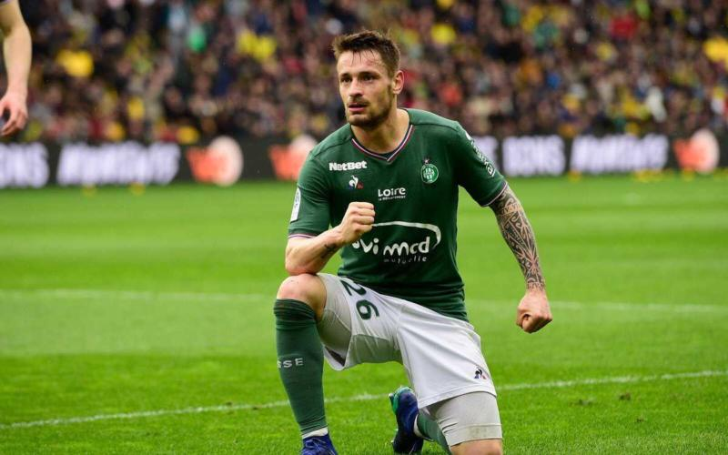 Debuchy Twitter personale