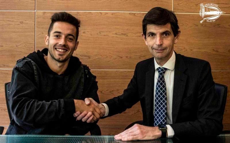 Jony firma Deportivo Alaves Twitter
