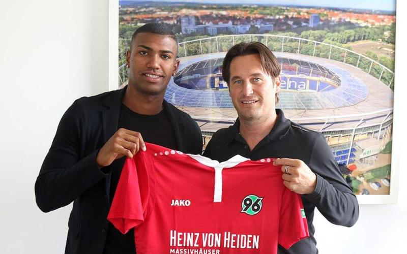 Walace annuncio Hannover 96 Twitter