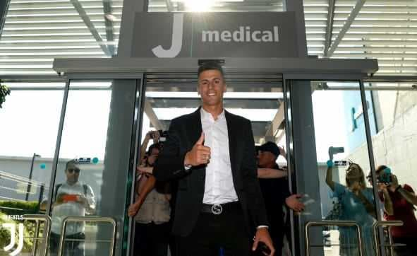 cancelo twitter juve