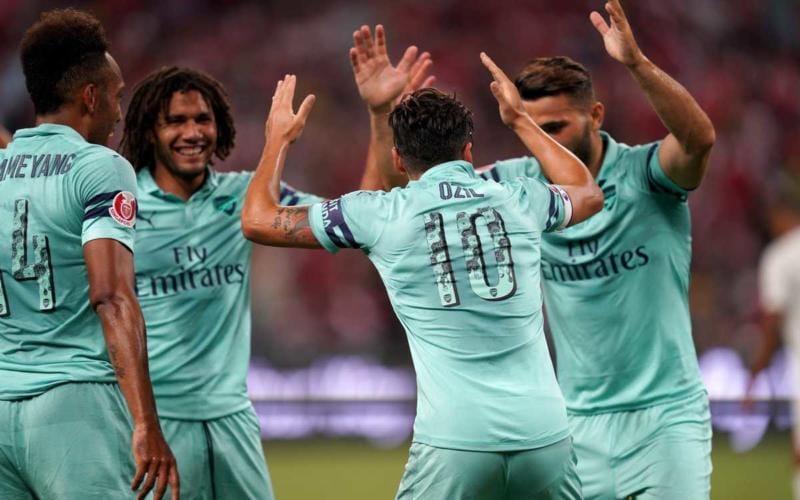 Arsenal gruppo 18-19 Twitter