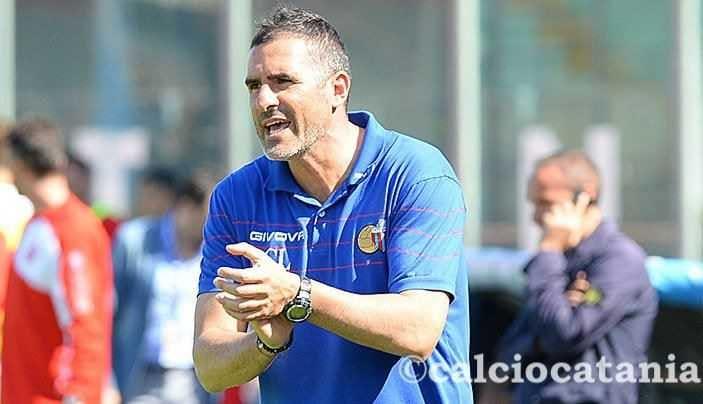 Lucarelli Twitter uff Catania