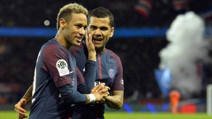 Neymar e Dani Alves Psg Foto sportprocom