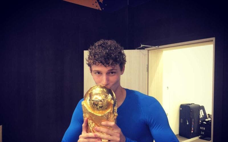 Pavard Twitter personale