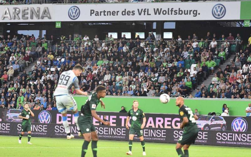 Milik vs Wolfsburg Napoli Twitter