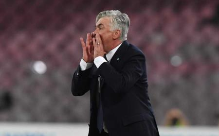 Ancelotti in panchina vs Milan Napoli Twitter
