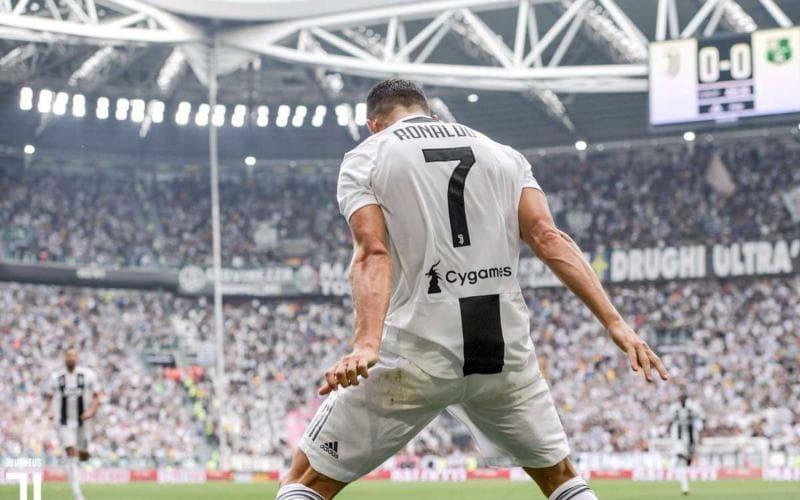 Cristiano Ronaldo Twitter uff Juve