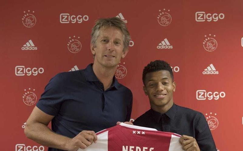 David Neres Ajax Twitter