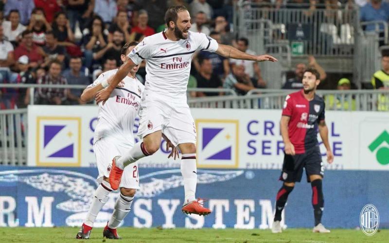 Higuain vs Cagliari Milan Twitter
