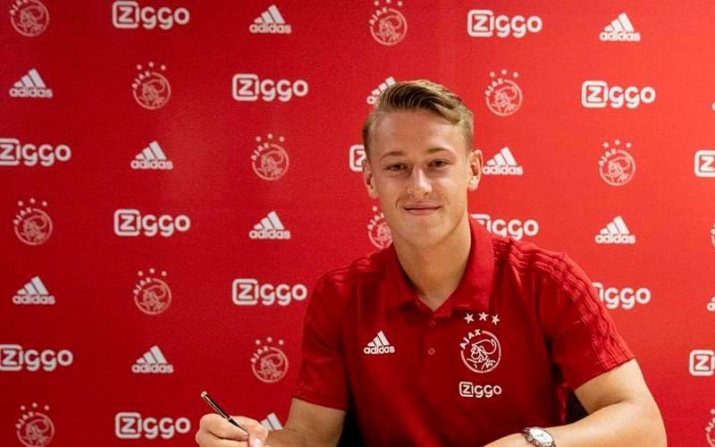 Sierhuis rinnovo Ajax Twitter