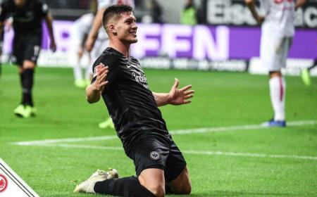Jovic Twitter uff Eintracht