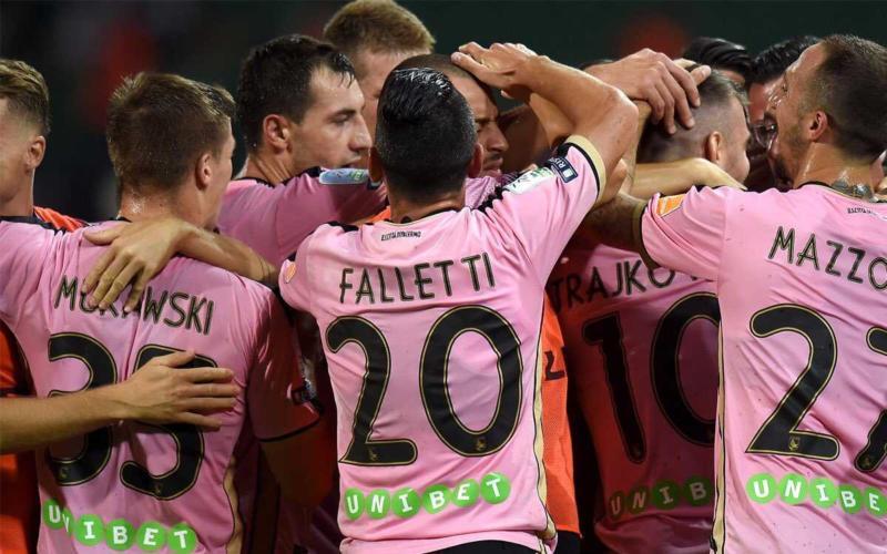 Palermo esultanza vs Crotone Palermo Twitter