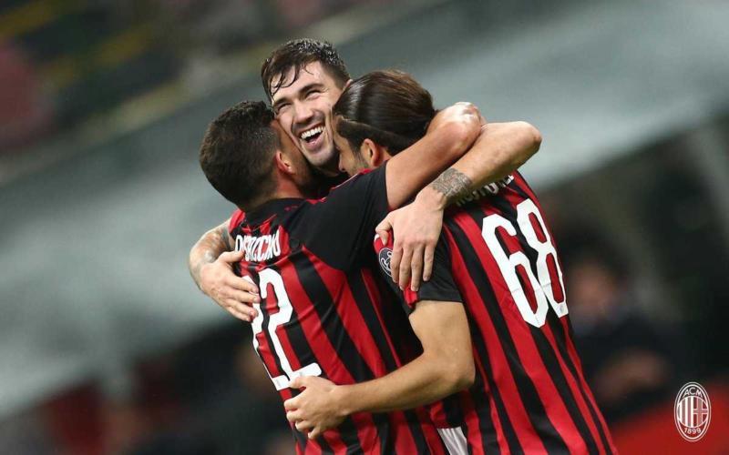 Romagnoli esultanza Milan Twitter