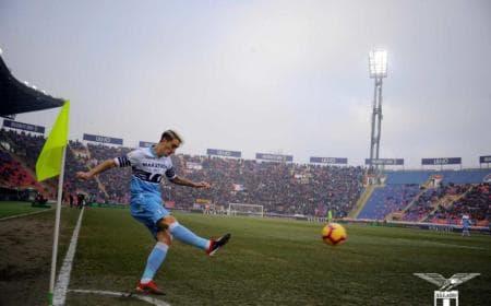 Luis Alberto corner vs Bologna Foto Lazio Twitter