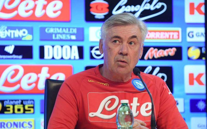 Ancelotti Twitter uff Napoli