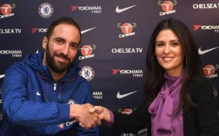 Higuain firma Chelsea Twitter