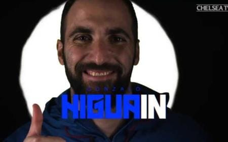 Higuain screen video-annuncio Chelsea Twitter