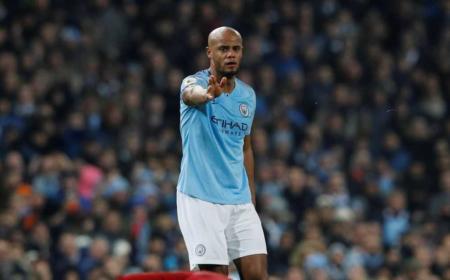 Manchester City Kompany foto The Mirror