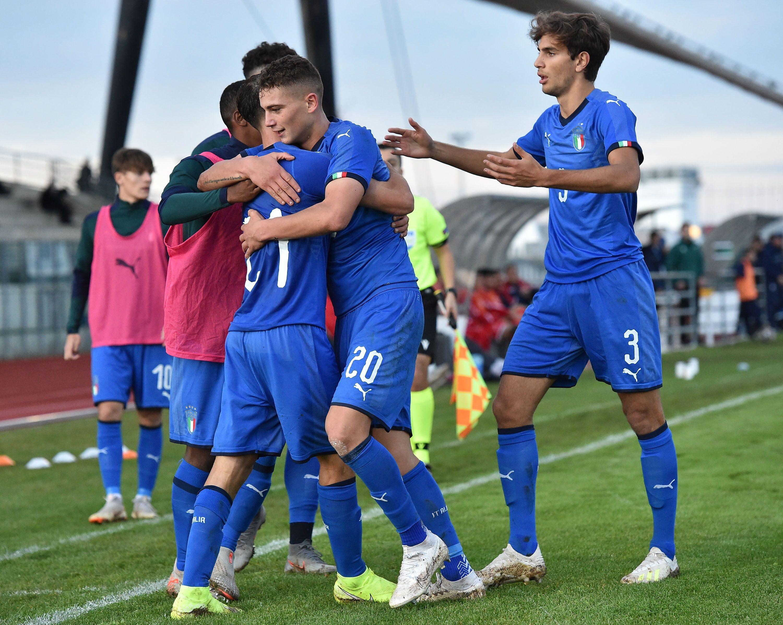 L'Italia Under 19 batte Cipro, segnano Esposito e Riccardi