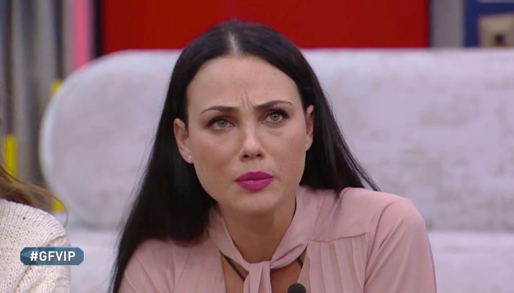 """Adua Del Vesco anoressica a causa della """"setta""""? Lei a Verissimo disse altro"""