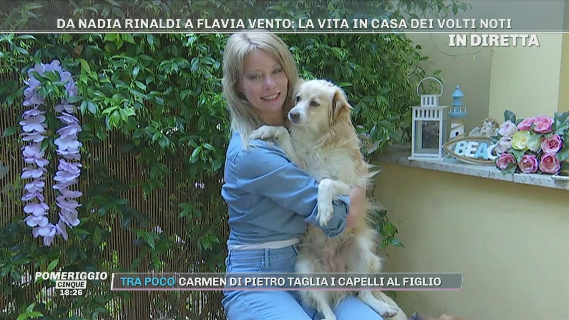 Flavia Vento al Grande Fratello Vip con i suoi 7 cani: l'indiscrezione
