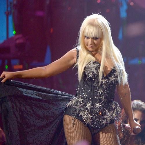 Christina Aguilera Feel This Moment
