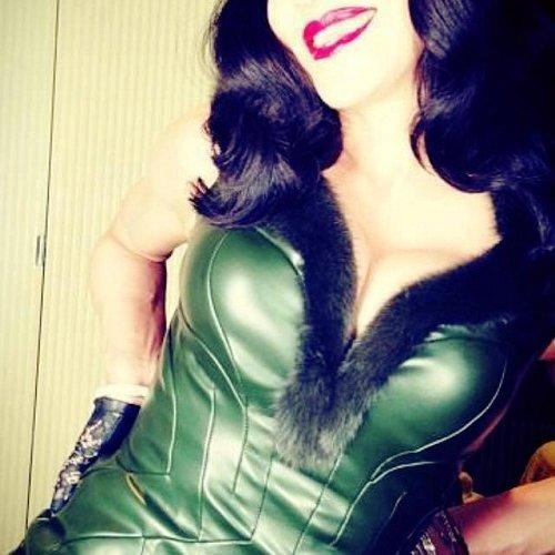 Madonna parrucca