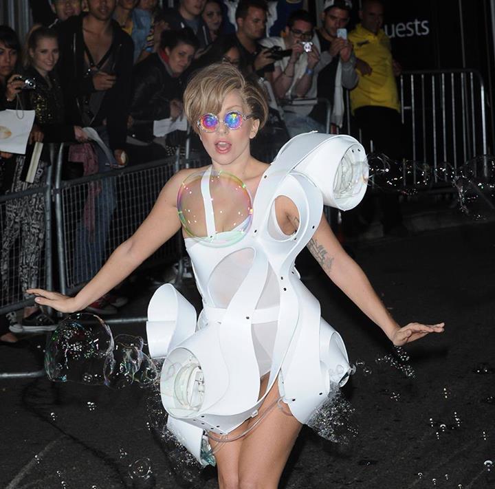 Lady Gaga Bolle