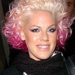 alecia moore pink hair 2
