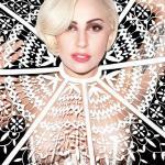 Lady Gaga Bazar (2)