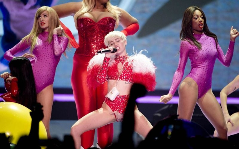 Miley Cyrus Bangerz Tour (8)