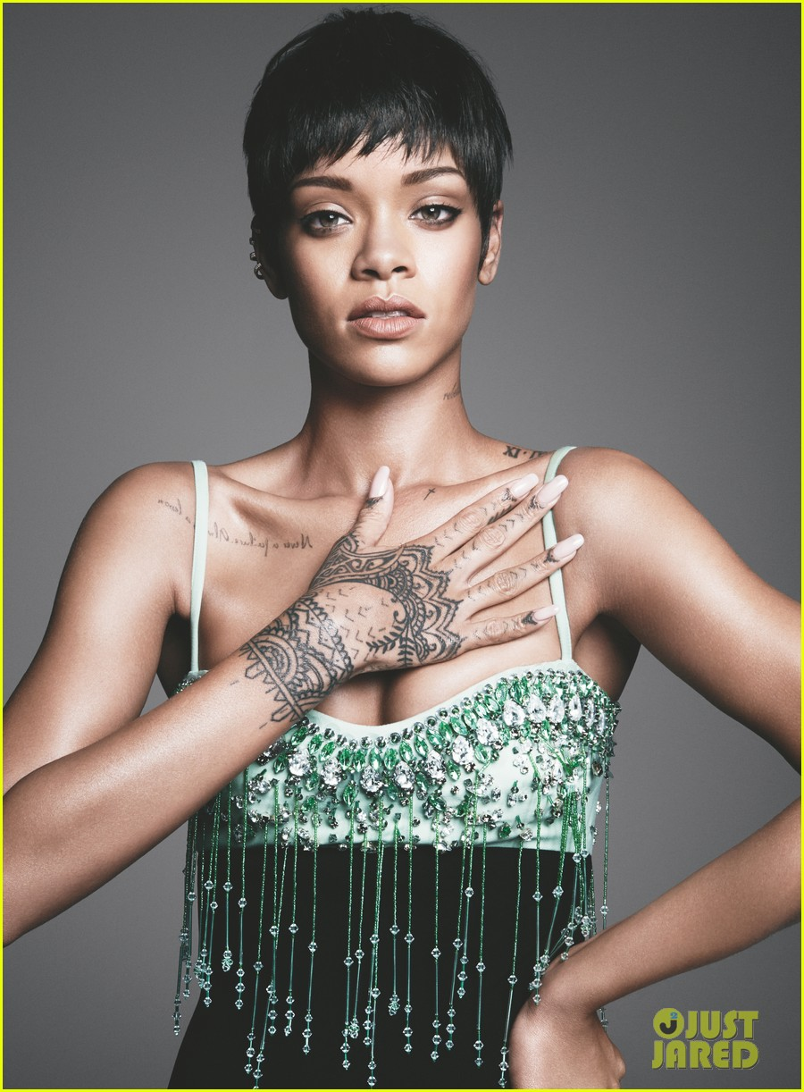 rihanna-covers-vogue-march-2014-third-cover-with-the-mag-03