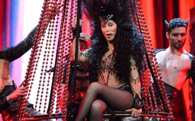 Cher - Dressed to Kill Tour (5)