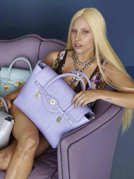 Lady Gaga Versace senza photoshop