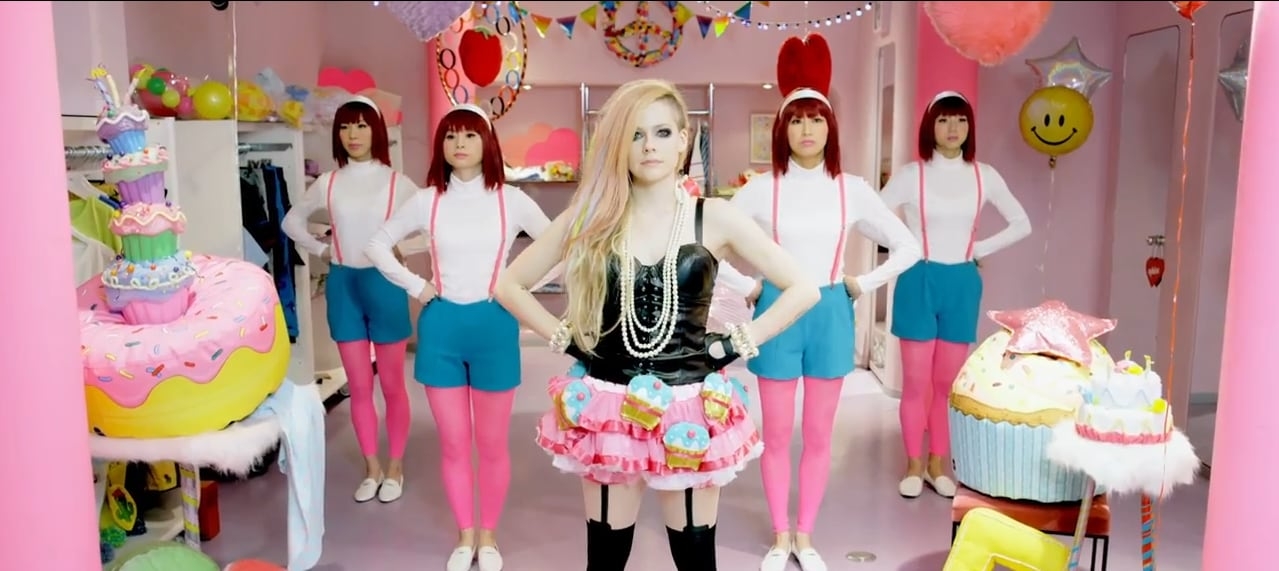 avril lavigne hello kitty video japan hot girls