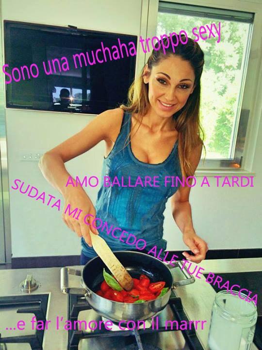 Anna Tatangelo Muchacha