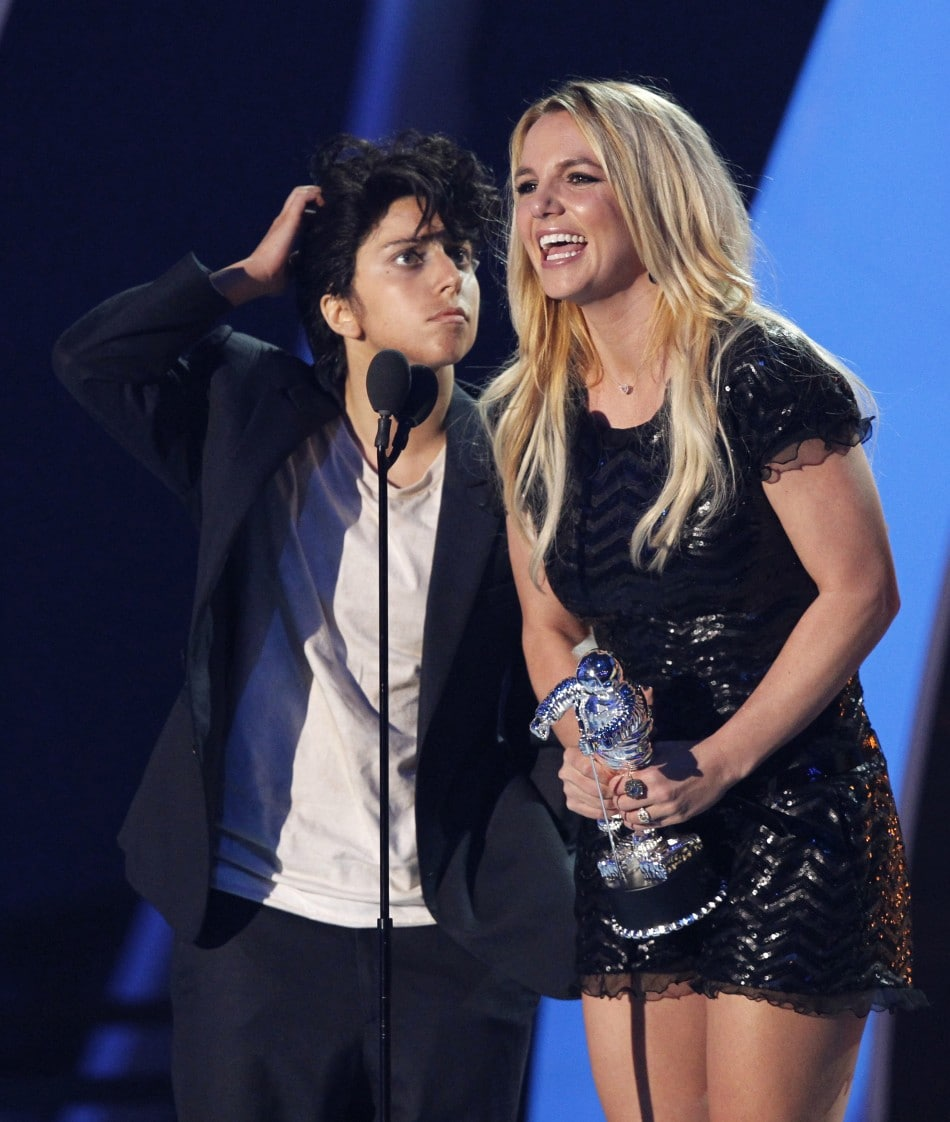 Britney Spears Video Music Awards (1)