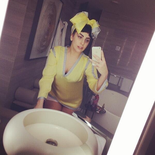 Lady Gaga Selfie