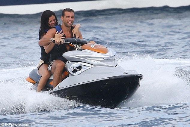 Selena Gomez Tommy Chiabra (1)