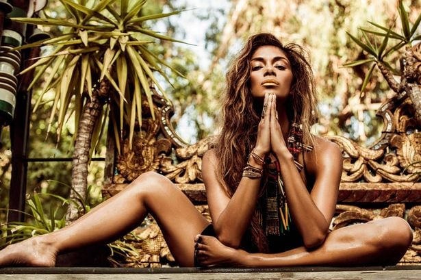 PAY-Nicole-Scherzinger-in-a-promo-fore-her-album-Your-Love-On-The-Rocks