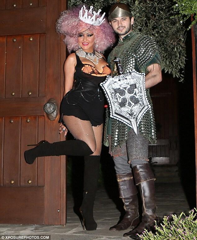 Christina-Aguilera-Halloween-2012-Matthew-Rutler