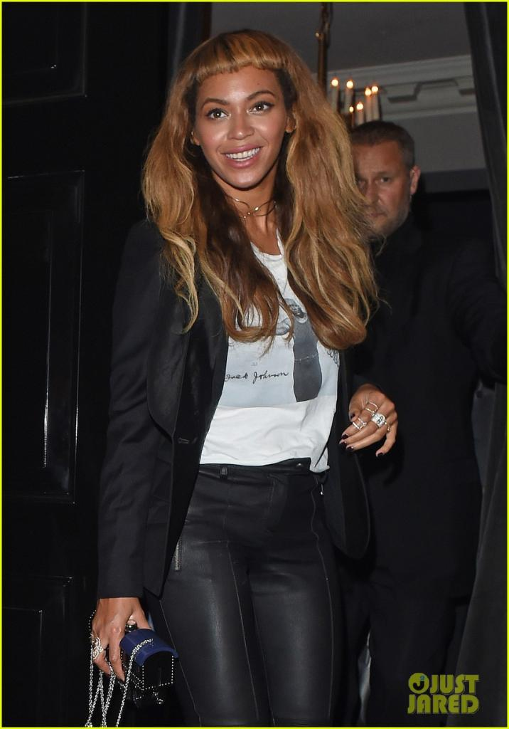 beyonce-keeps-her-new-hairstyle-foing-for-dinner-with-jay-z-11